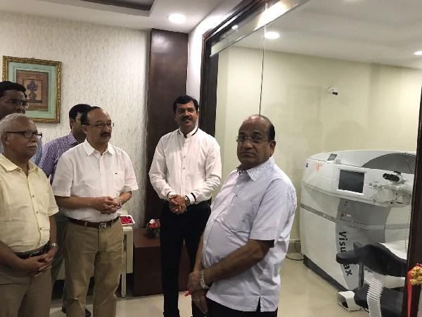 Doctors at Visitech Eye Centre